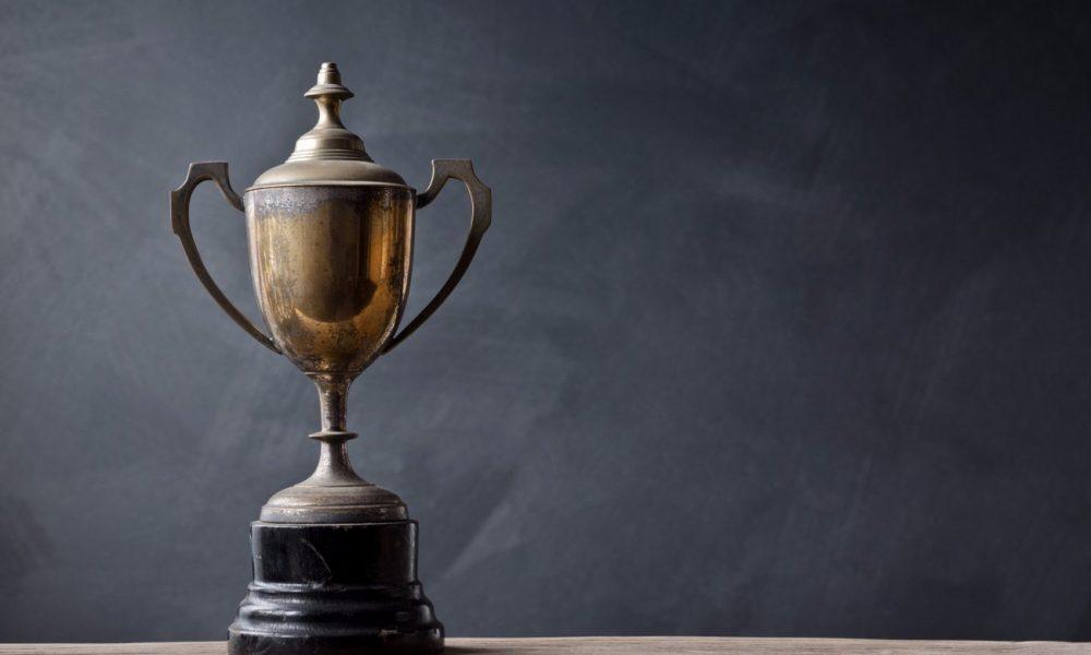 20150817142835-trophy