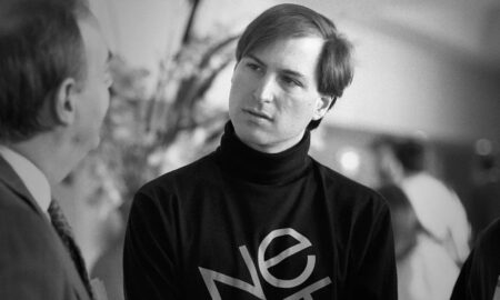 p-1-steve-jobs-tells-you-the-key-to-brand-your-startup-1